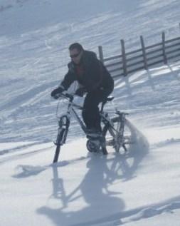 Descenso BTT nieve KtraK