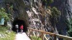 Entrada al tunel de la Senda del Oso en Quirós