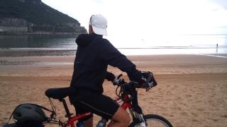 Alquiler de Bicicleta en la playa por el Camino del norte - Camino de santiago