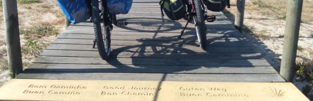Bicicletas con alforjas para viajar de alquiler